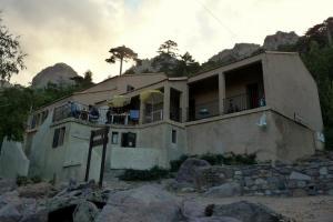 GR20 : le refuge et la station d'Asco Stagnu