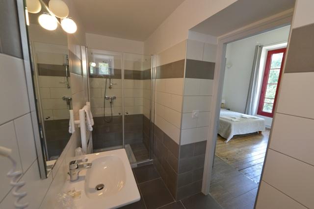 Bathroom in Vizzavona Hotel