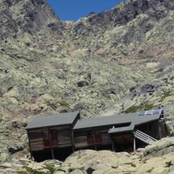 GR20 : le refuge de Tighjettu